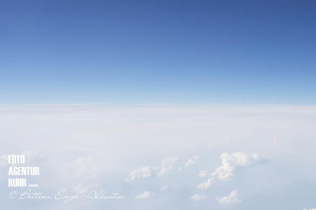 Horizont - Der Himmel - 2014 Bettina Engel-Albustin / fotoagentur-ruhr moers — mit Bettina Engel-Albustin.