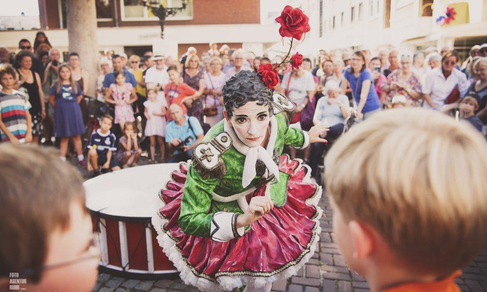 Straßentheater in Moers