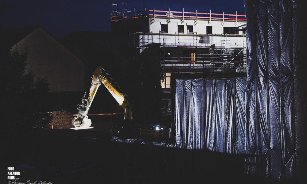 Baustellen-Bühne
